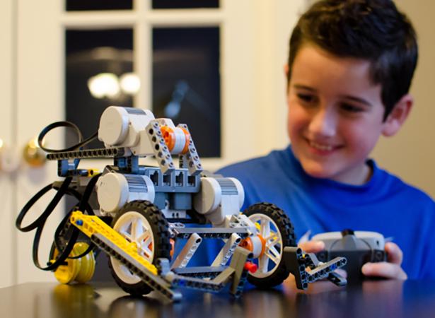 Novi ciklus Škole robotike i programiranja za decu