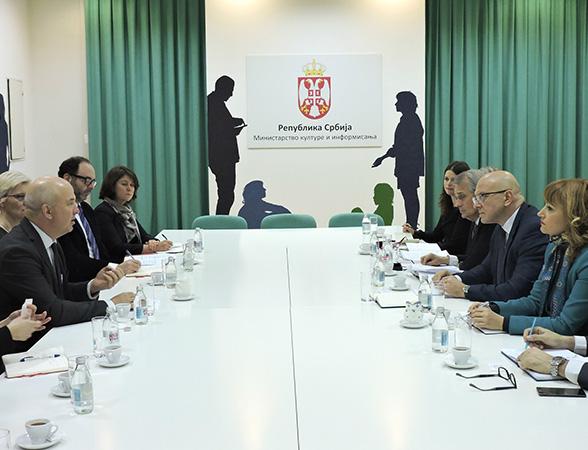 Vukosavljević sa komesarom za ljudska prava SE o medijima